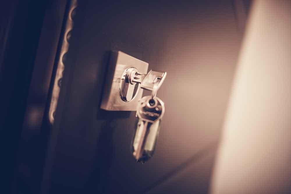 Serrurerie : Clé d'une serrure de porte blindée